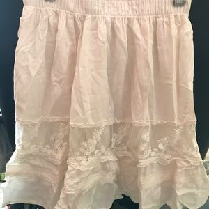 NW Abercrombie white lace skirt (small)